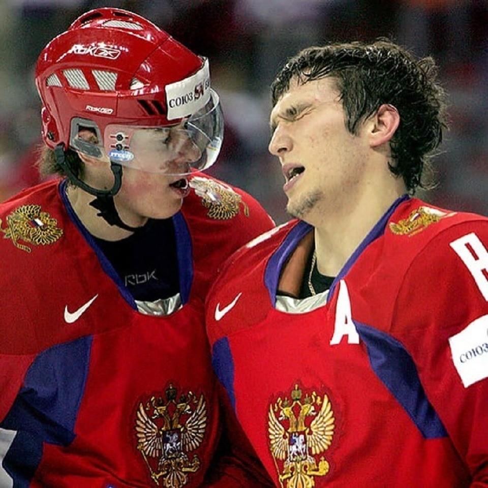 Евгений Малкин и Александр Овечкин отметили бронзу чемпионата мира под народные хиты