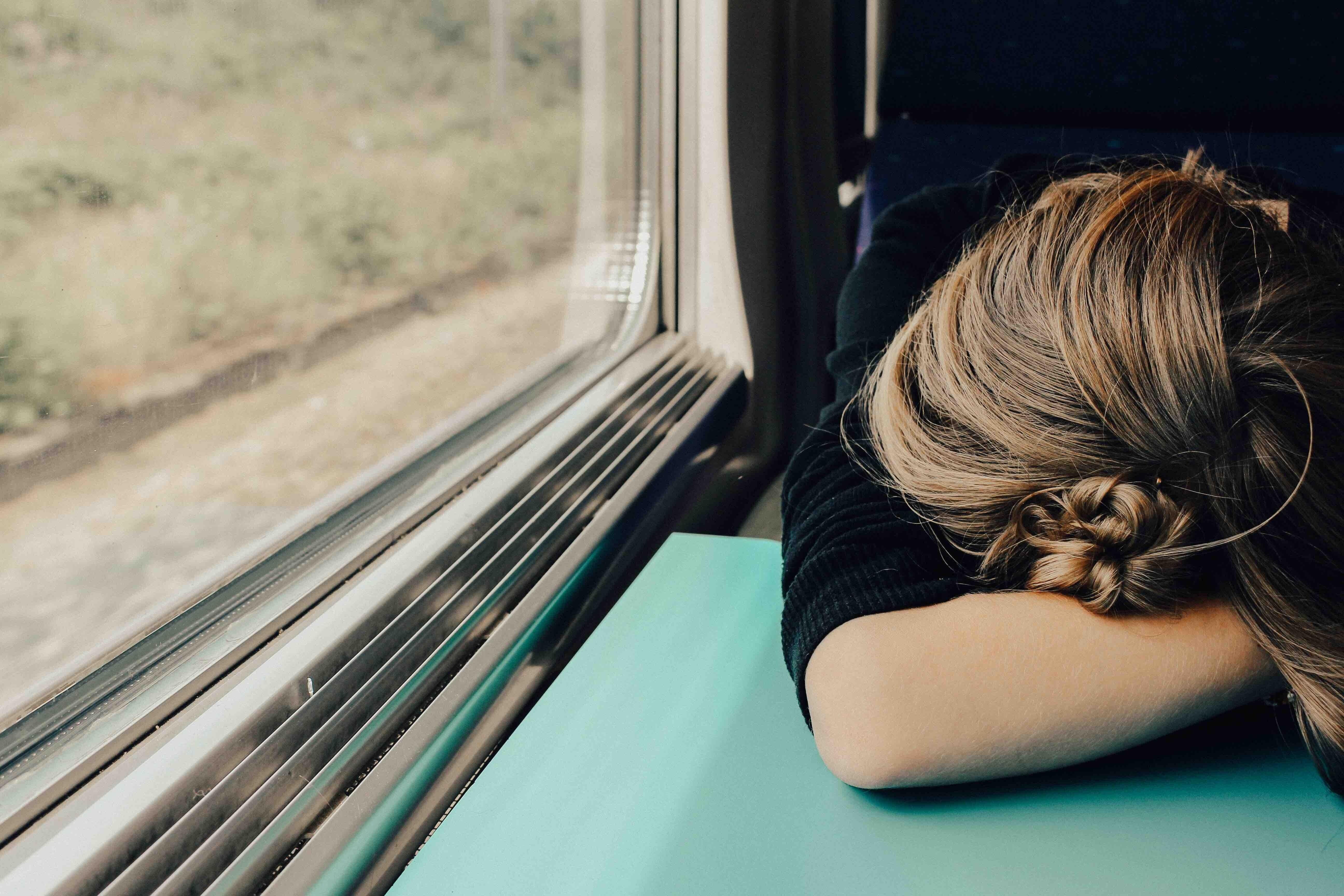 Сотрясение головного мозга: симптомы, лечение (и возможные последствия)