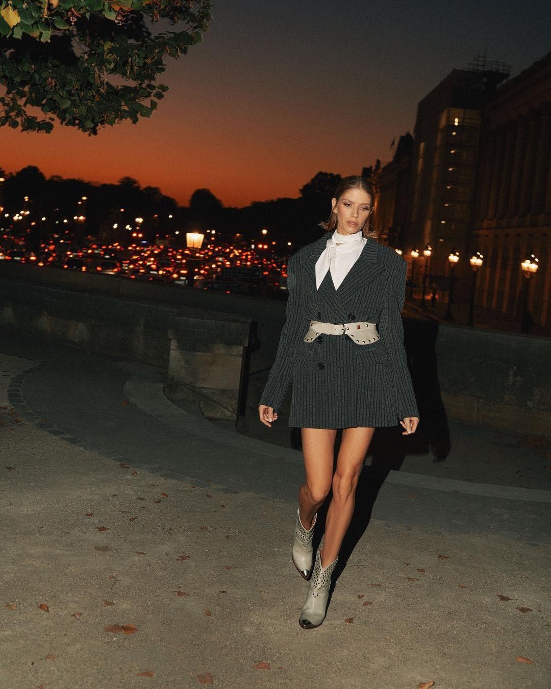 Платье-пиджак — полюбившаяся м&...