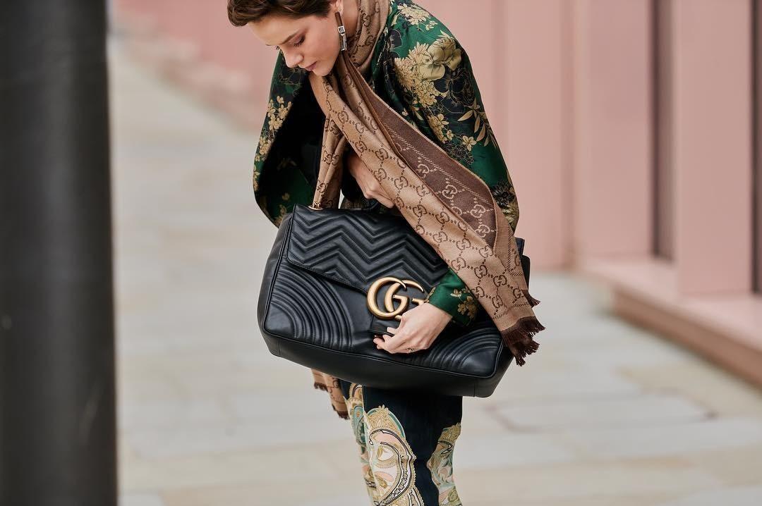 Модель сумки «GG Marmont» Gucci уже многим п&#108...