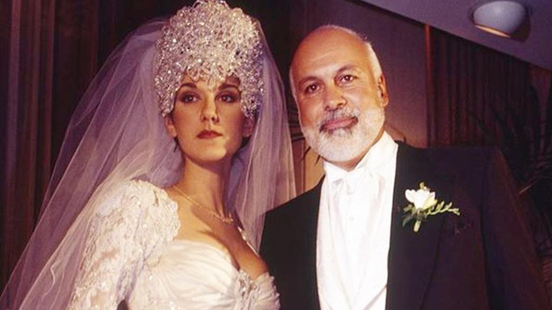 Это того не стоило: самые нелепые свадебные наряды знаменитостей