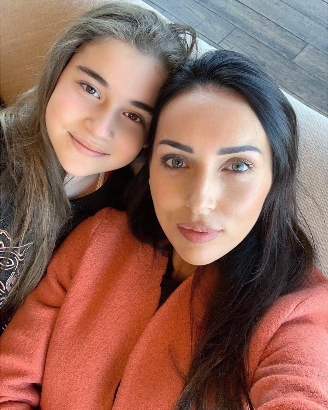 Поклонники дочери Алсу запустили флешмоб в поддержку девочки