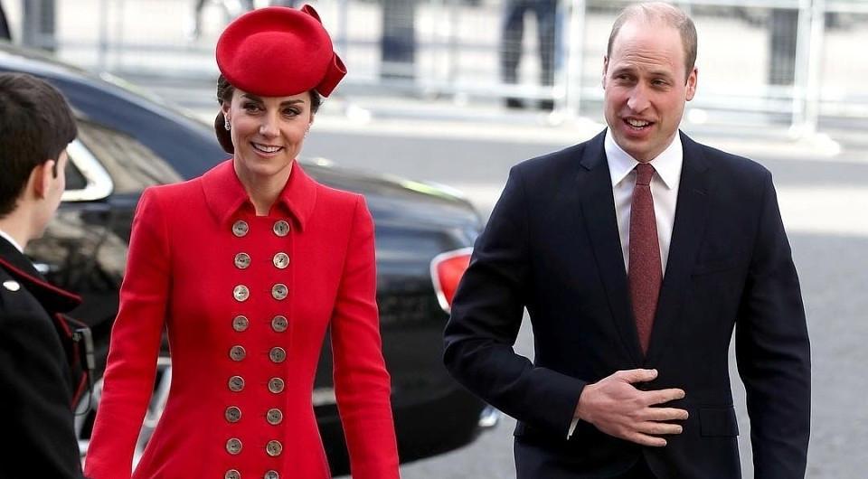 Принц Уильям и Кейт Миддлтон помогли очистить пляж в Северном Уэльсе