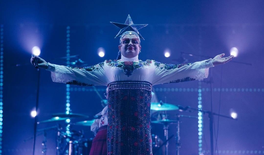 Кэмп по-нашему: российские звезды, которые уделали бы всех на Met Gala