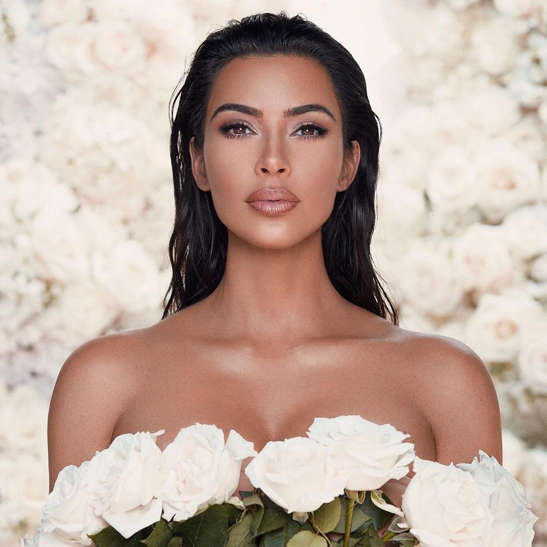 Ким Кардашьян показала лицо сына