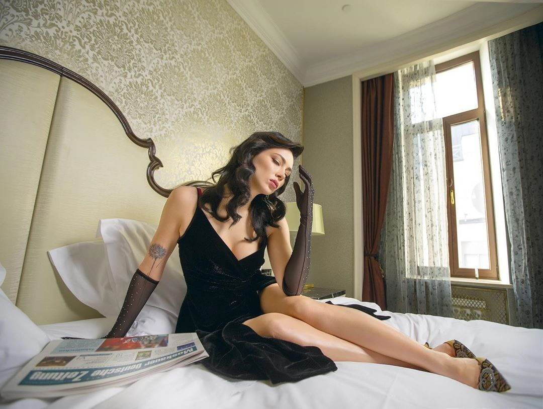 Настасья Самбурская ответила на вопрос, сколько стоит ночь с Натальей Рудовой
