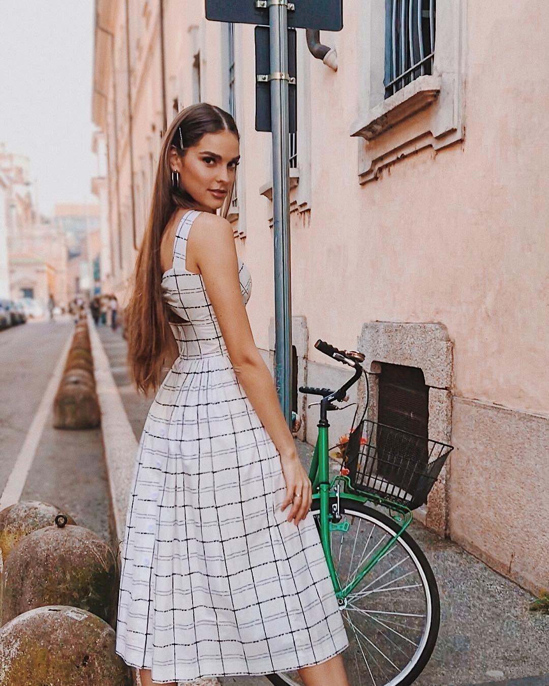 Модный блогер Алина Гончарова &...