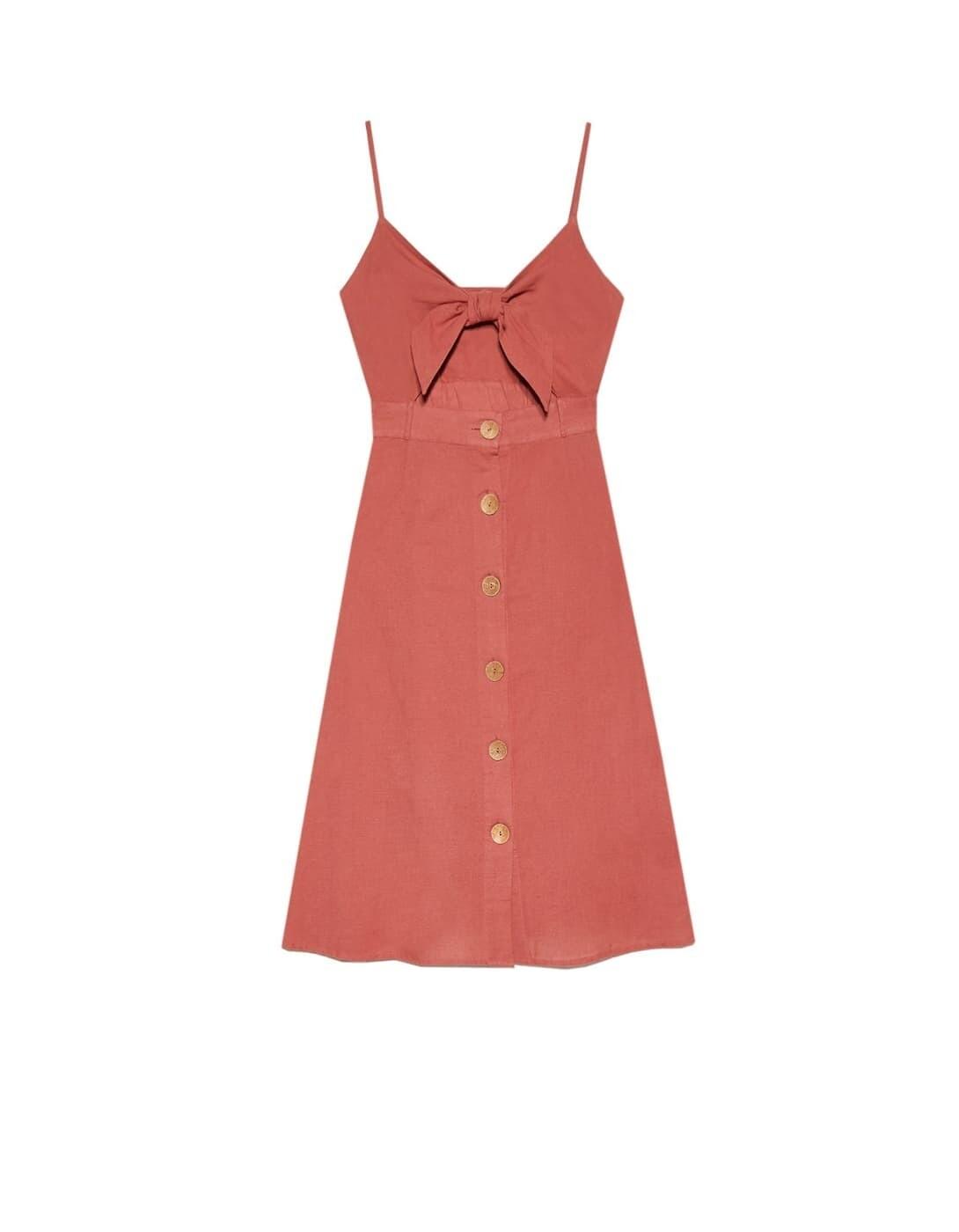 В жаркую погоду выбирай платье...