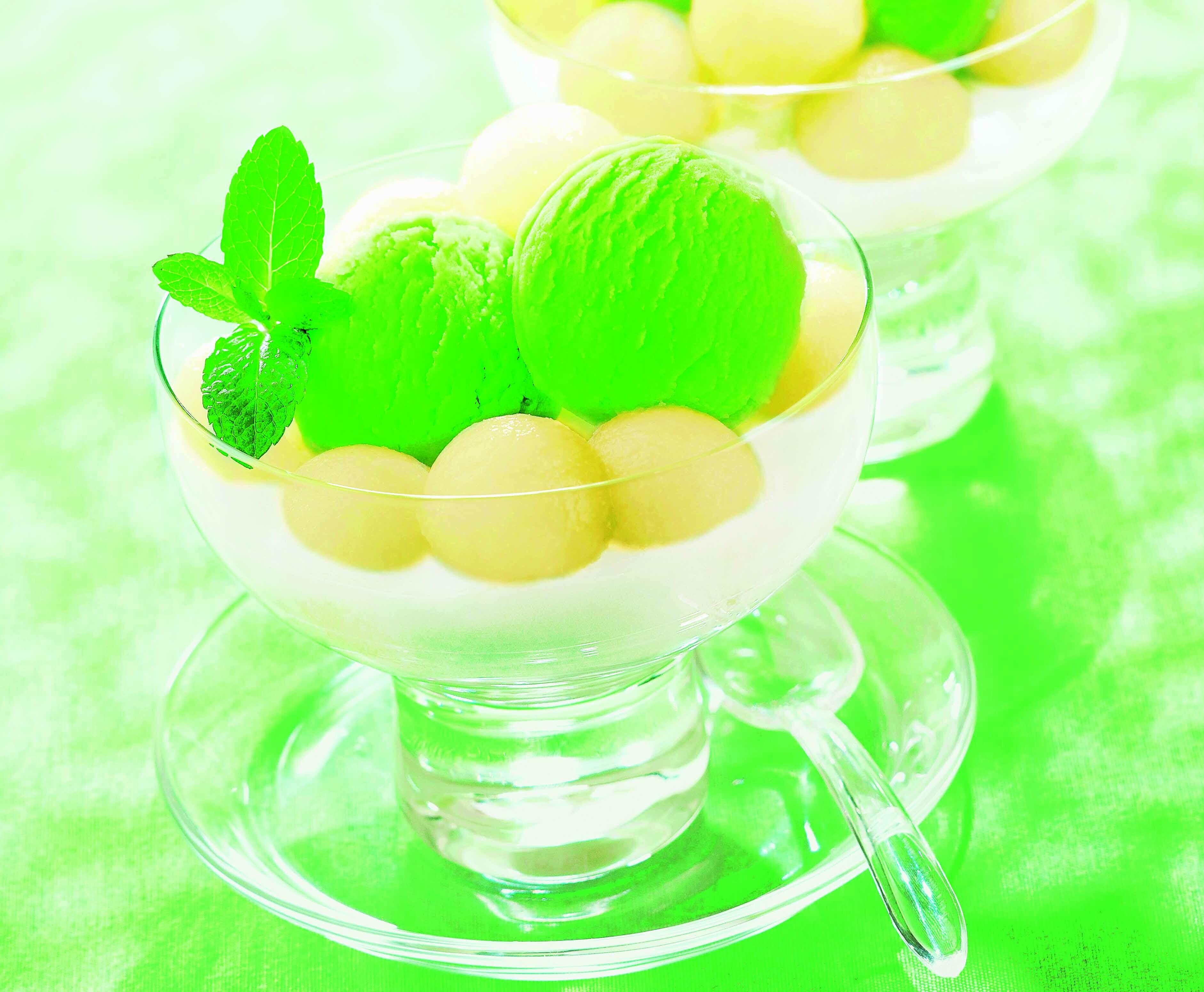 5 летних десертов почти без калорий: приготовь сама!