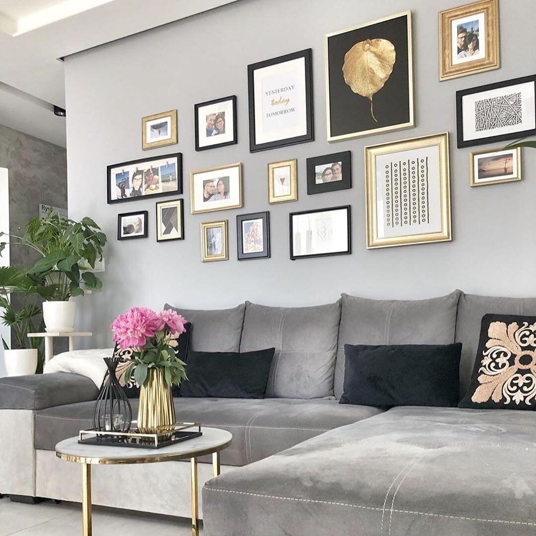 7современных идей для оформления стен в гостиной (и 35 фото wow-вариантов)
