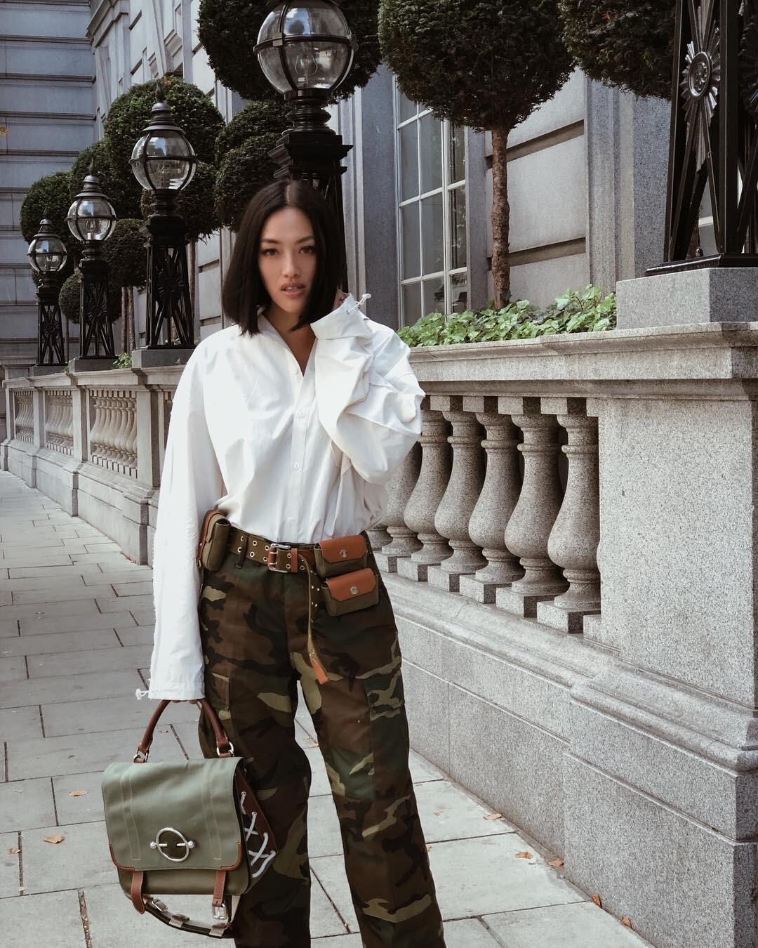 Как носить белую рубашку женщине: 60 ультрамодных образов на все случаи жизни