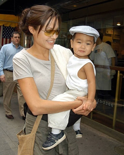 Семеро по лавкам: как сейчас живут Анджелина Джоли и ее дети