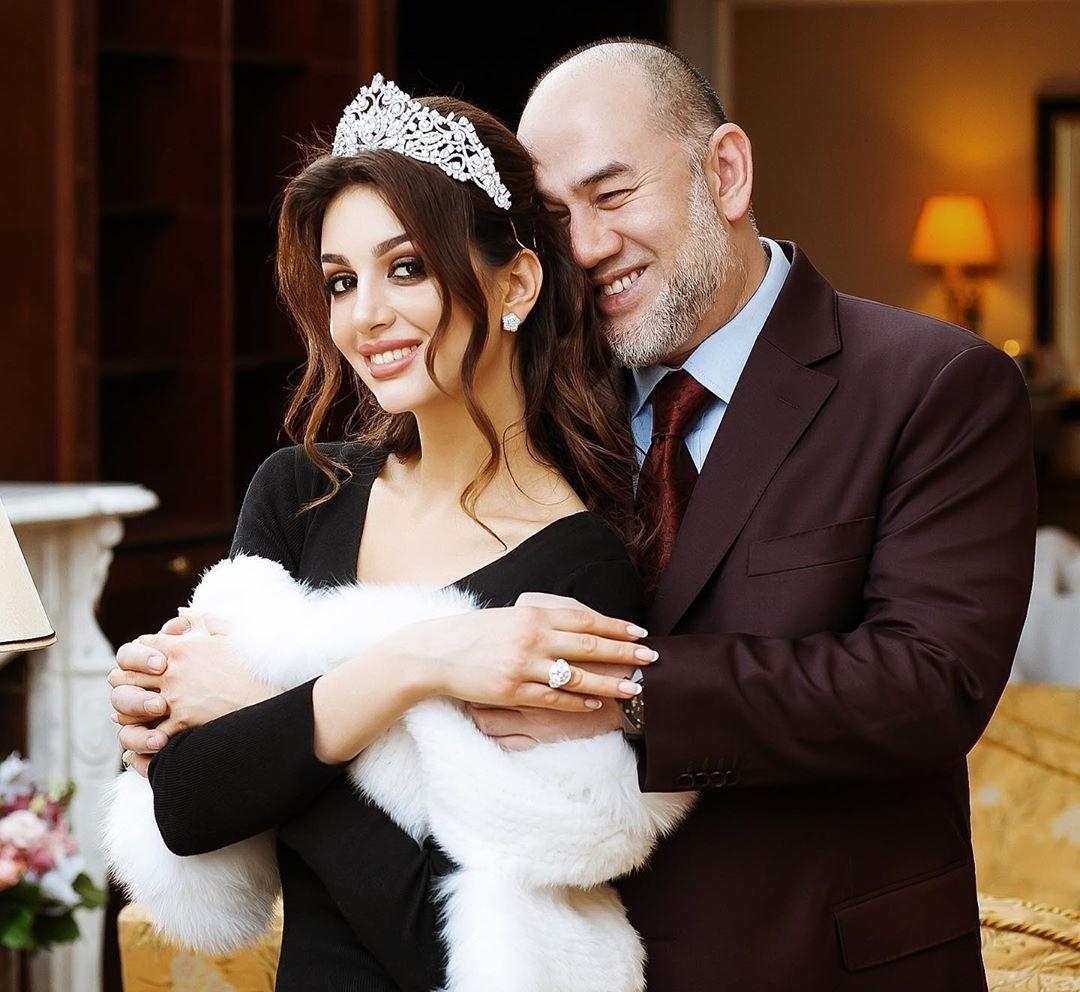 У«Мисс Москвы» Оксаны Воеводиной иэкс-короля Малайзии родился первенец