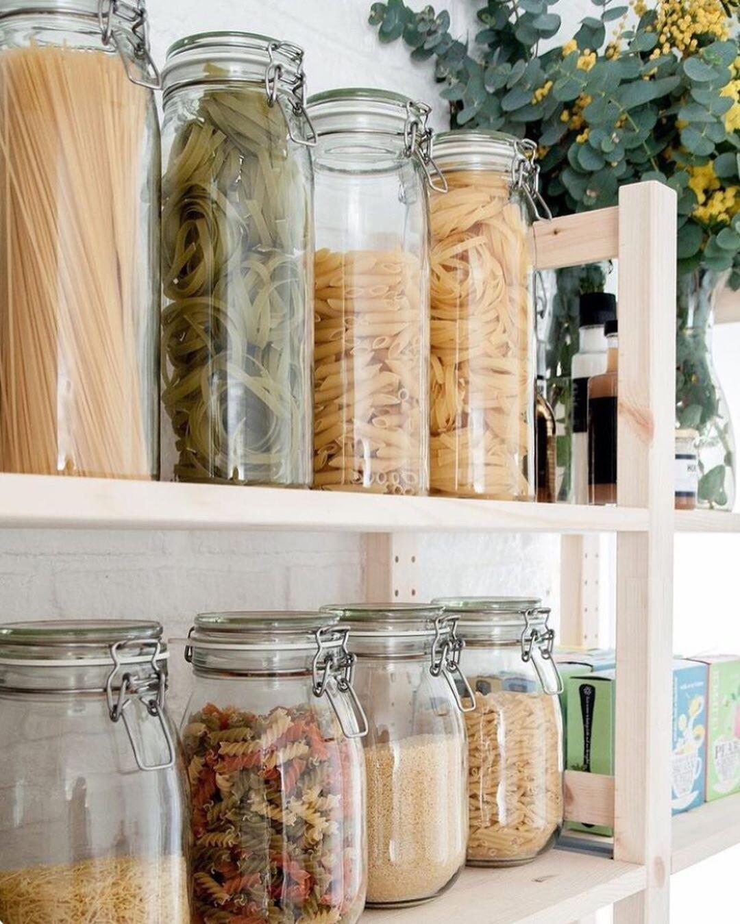 Кухня без хлама: 5 лайфхаков, как избавиться от всего лишнего без генеральной уборки