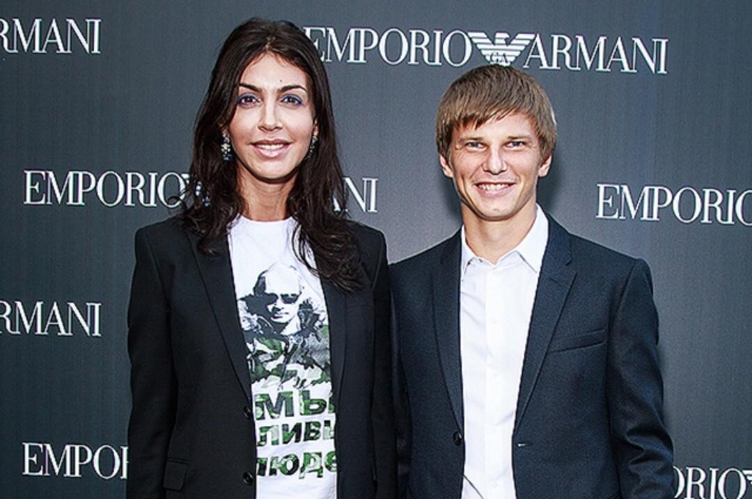 Андрей Аршавин официально развелся с Алисой Казьминой