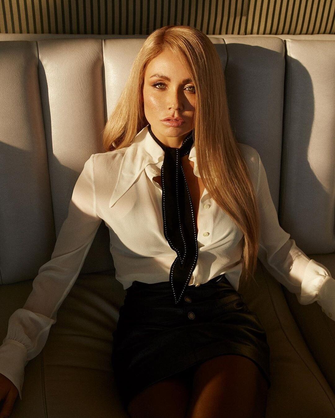 Ляйсан Утяшева стала платиновой блондинкой (видео)