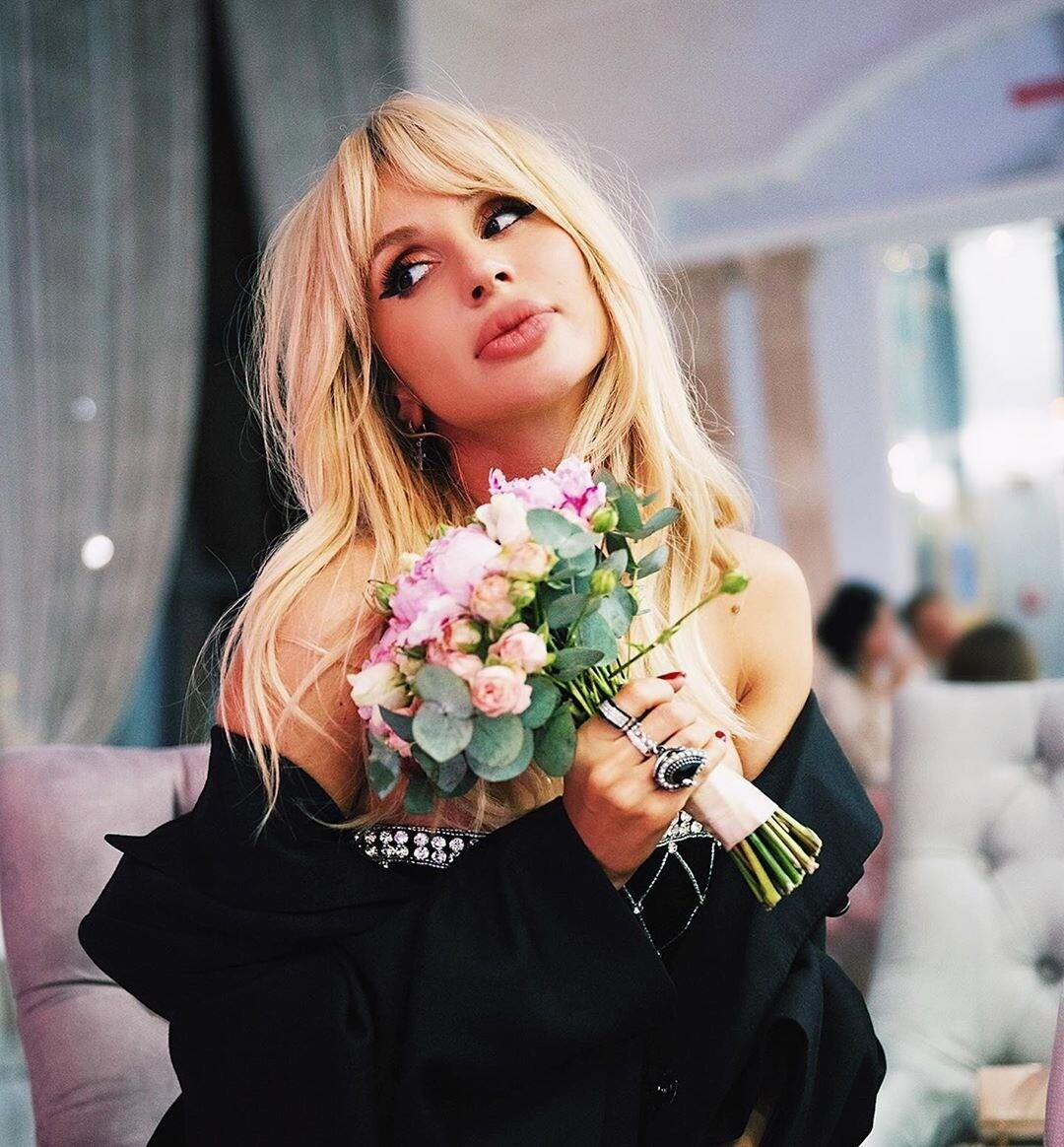 Светлана Лобода станцевала на столе в Монте-Карло (видео)