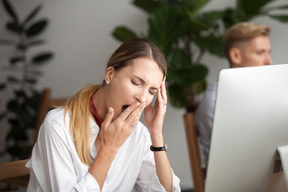 Хроническая усталость: симптомы и лечение у женщин (найти и обезвредить)