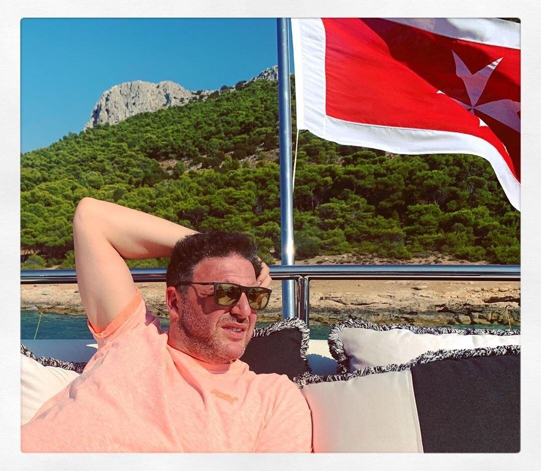 Максим Виторган увез молодую возлюбленную Нино Нинидзе в Грецию