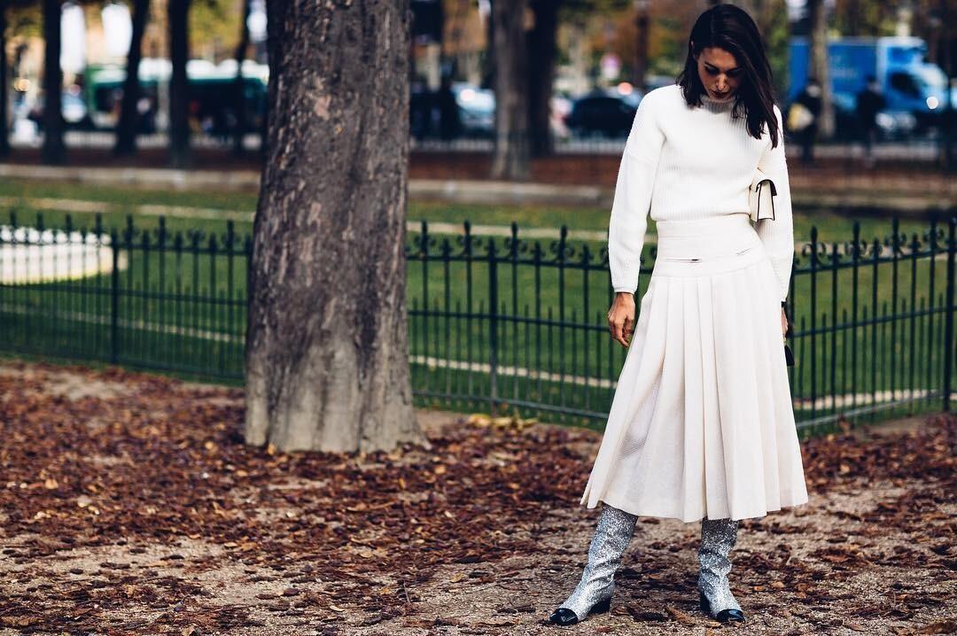 С чем носить юбку-солнце: 25 образов, которые каждая захочет повторить