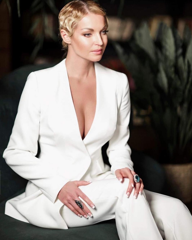 Анастасия Волочкова рассказала, почему не станцевала на свадьбе Собчак