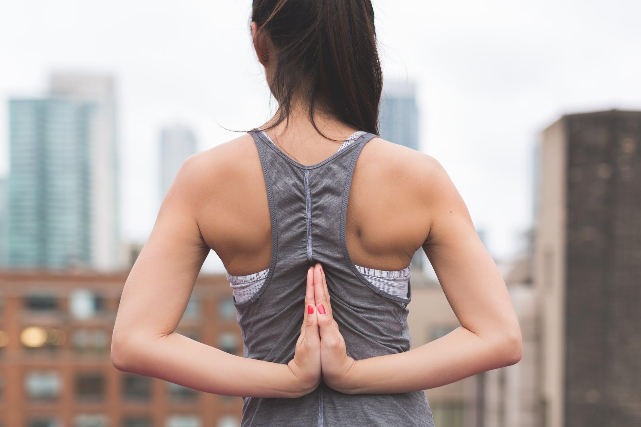 Угревая сыпь на спине: как избавиться от нее навсегда
