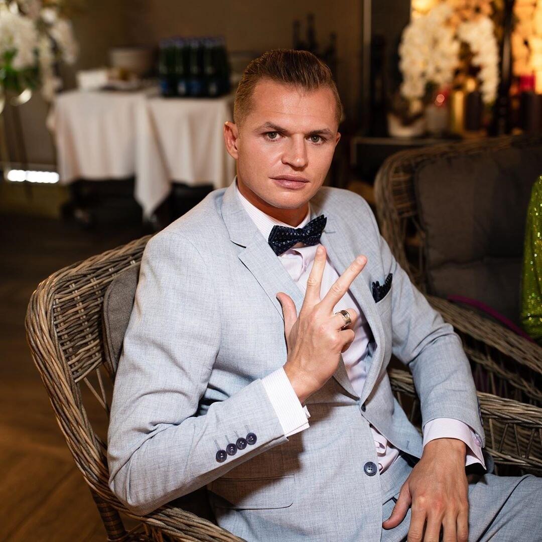 Оставшийся без работы Дмитрий Тарасов запустил свой бренд одежды (видео)
