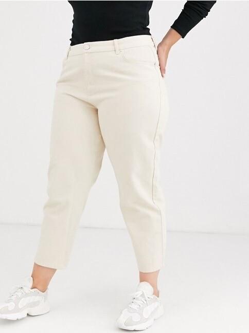 Белые джинсы выручат всегда, ко...