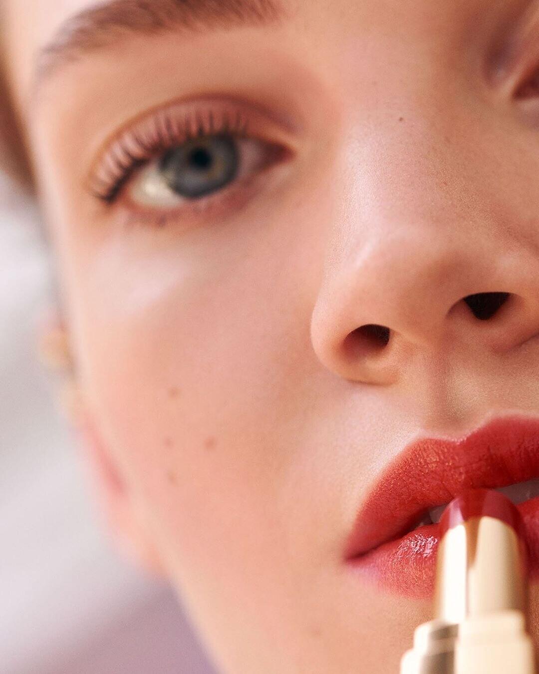 Тест: какой акцент в макияже тебе сделать осенью