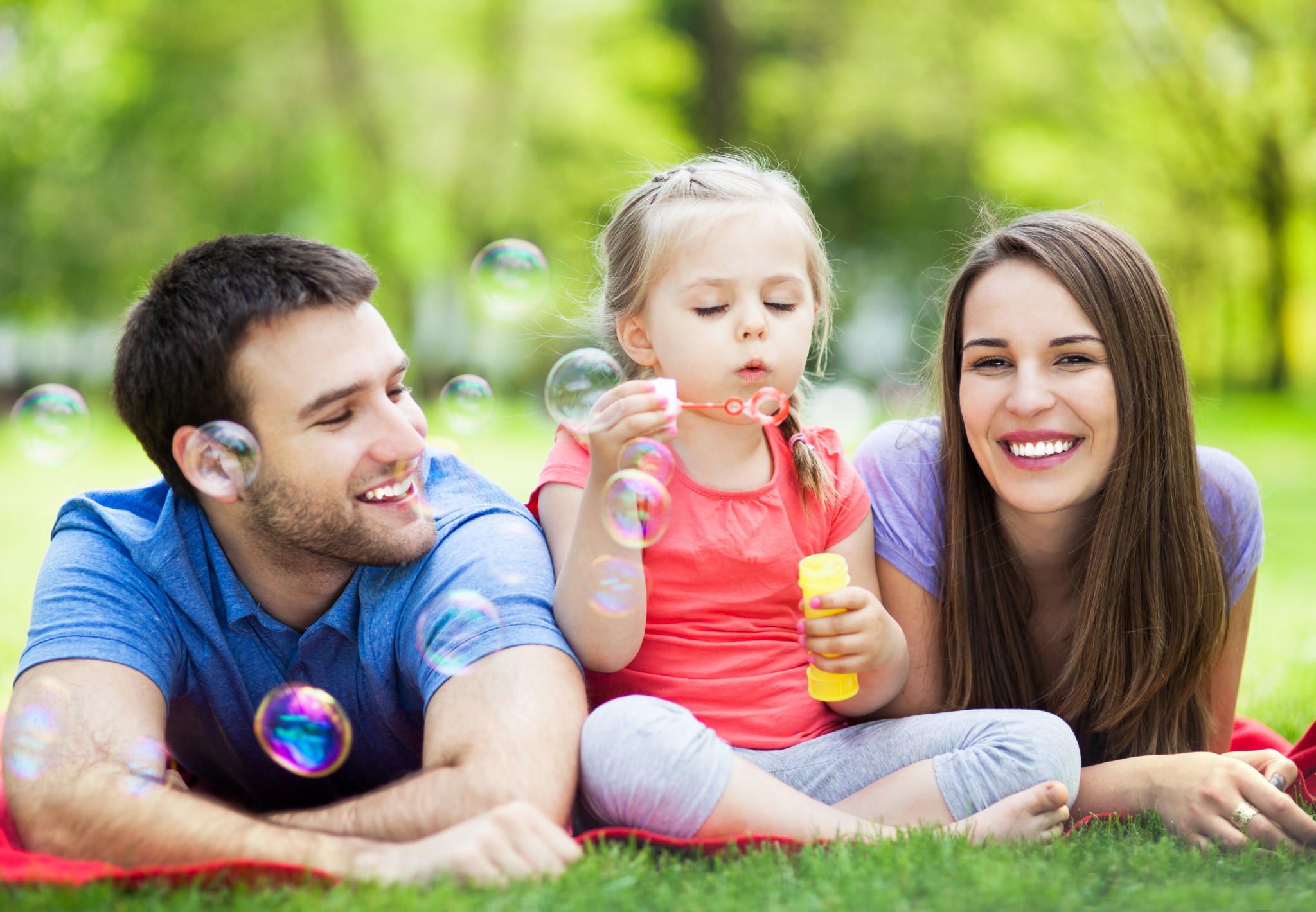 Фото счастливой семьи с детьми что не так