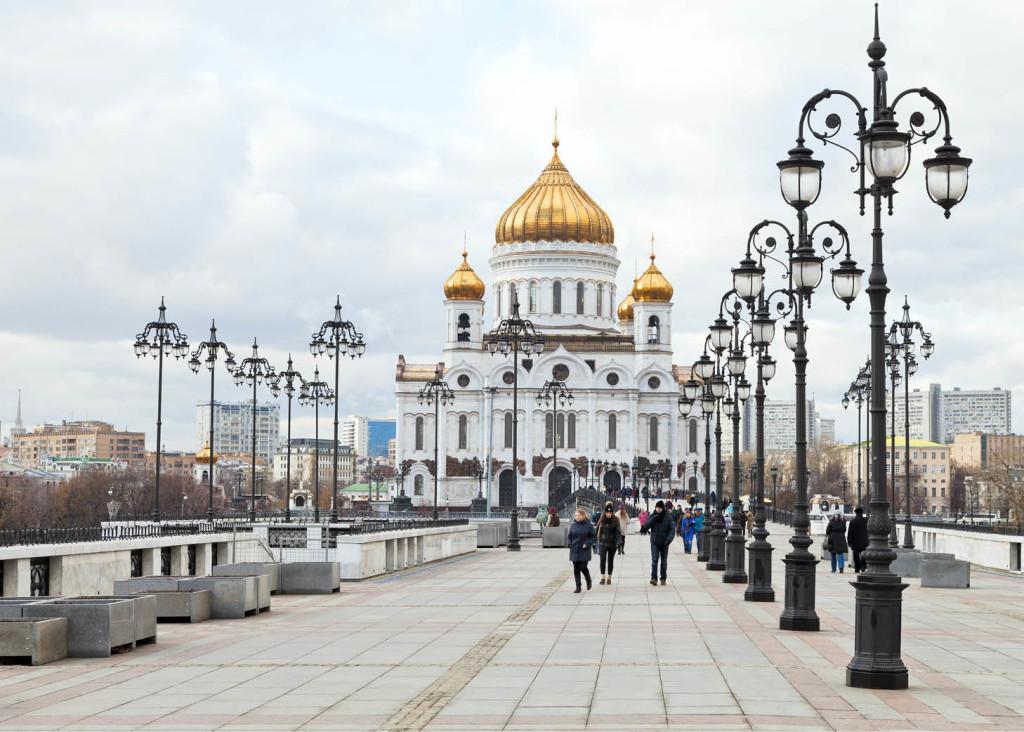 Патриарший мост, Храм Христа Спасителя. Фото: Fotolia