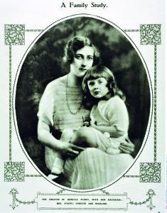Агата Кристи с дочерью, Фото: Burda-Media