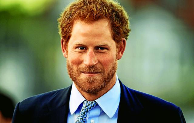 Стало известно, какой раритетный подарок принц Гарри сделал племяннику на крестины