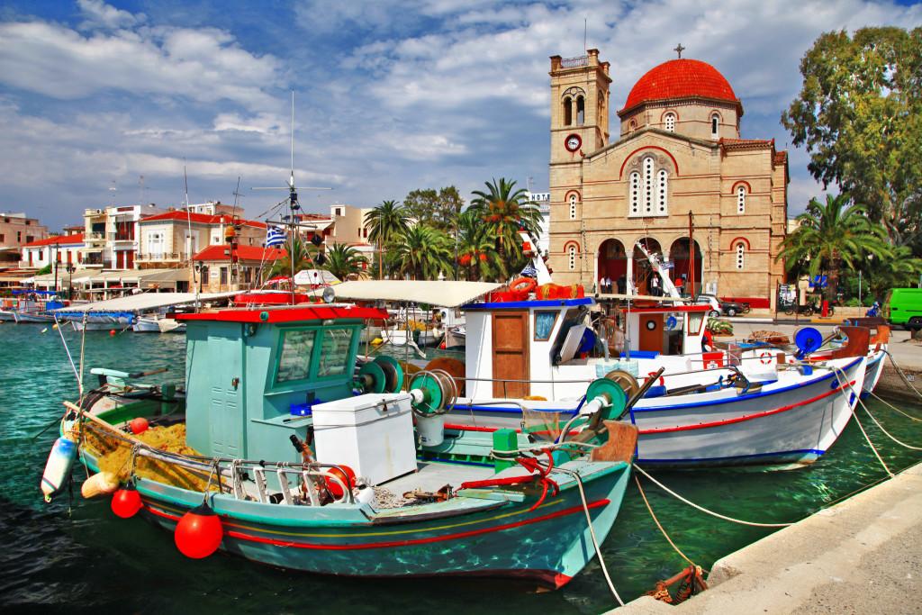 Живописный пейзаж на острове Эгина. Фото: Freesurf/Fotolia.com