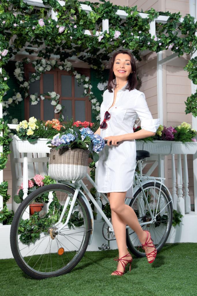 Наталия Антонова с велосипедом
