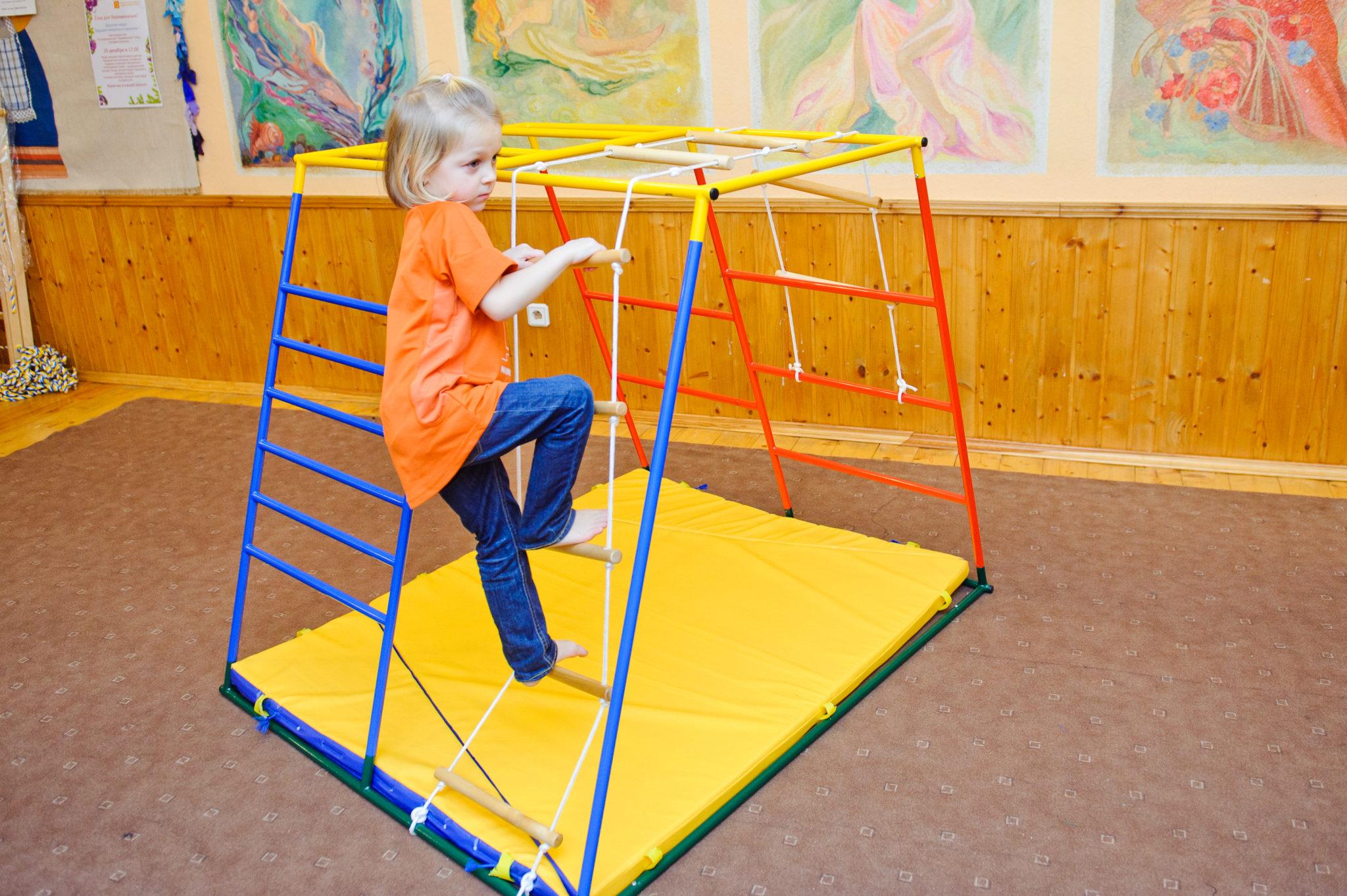 Что можно подарить ребенку: презенты подхарактер