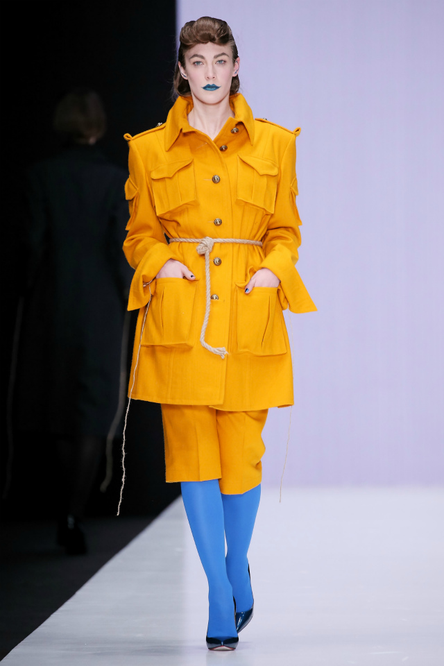 Желтый костюм, Mercedes-Benz Fashion Week