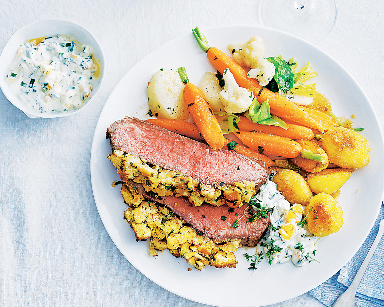 Сочное мясо в духовке: 4 вкусных рецепта