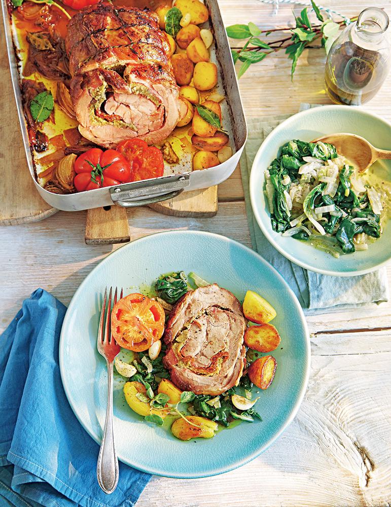 Пряный мясной рулет, курица со шпинатом и жаркое