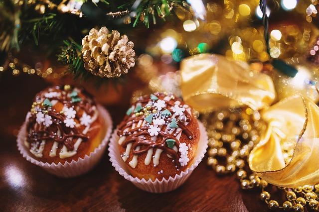 Новогодний стол в год Петуха: 7 вредных блюд и напитков