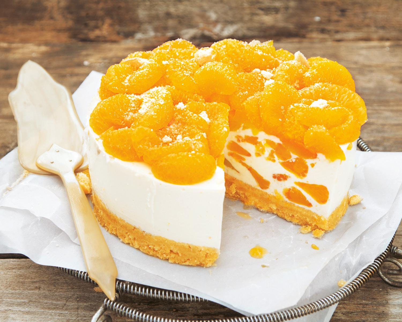 Выпечка с мандаринами: 4 красивых десерта