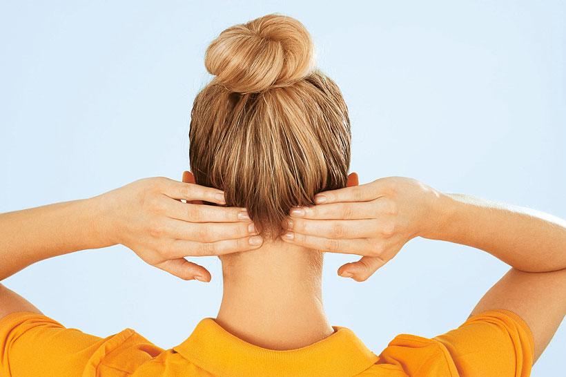 Самомассаж: как снять головную боль без таблеток