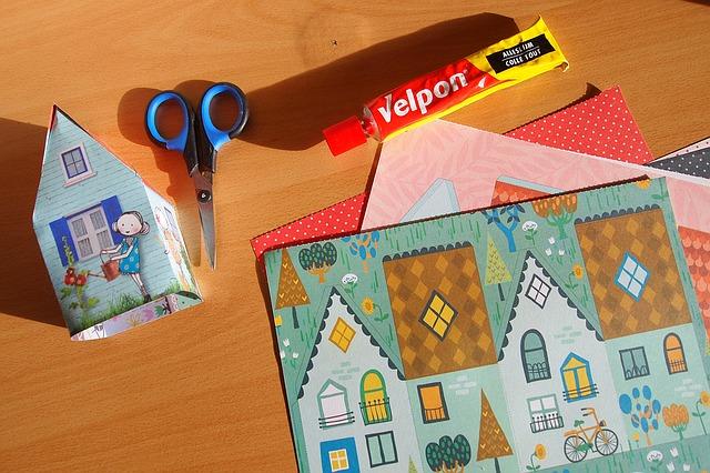 Дамская сумочка с секретом: 20 необычных вещей внутри