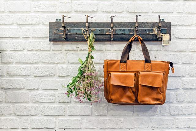 Хранение сумок: советы имидж-консультанта