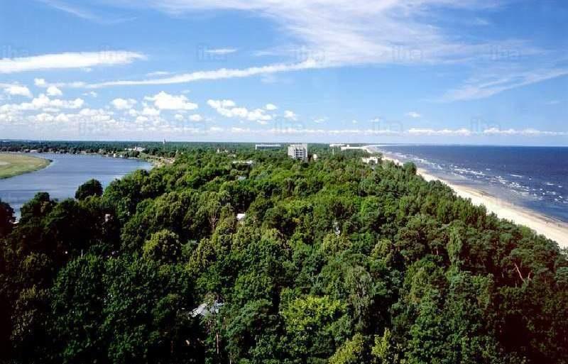 Куда сбежать летом от жары: 10 курортов без палящего солнца