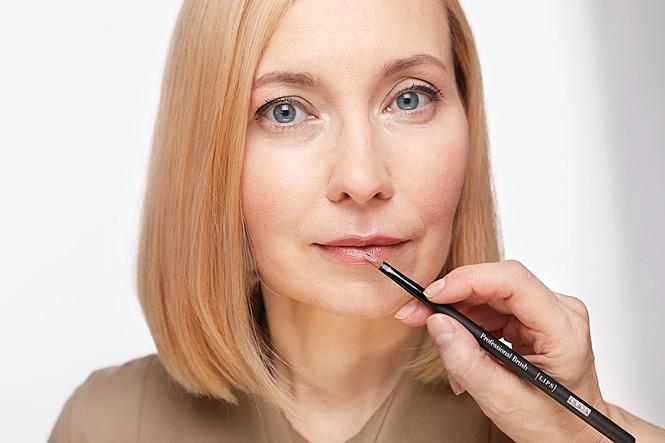 Из дневного в вечерний: как преобразить макияж за 5 минут