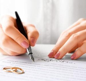 Развод: как делить долги