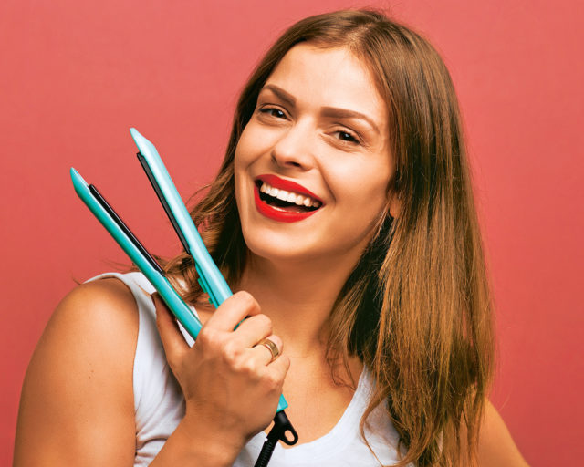 Как пользоваться утюжком для волос: 4 идеи