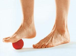 Варикоз летом: как помочь ногам в жару