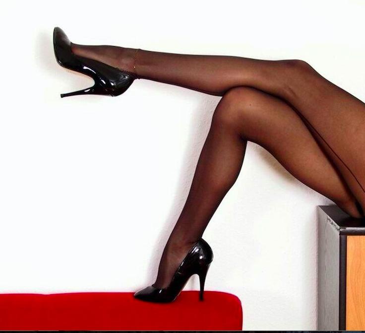 Секс в колготках черных и телесного цвета